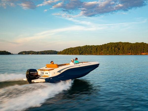 2021 Bayliner boat for sale, model of the boat is DX2000 & Image # 42 of 48