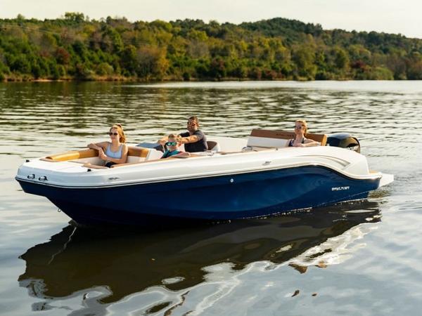 2021 Bayliner boat for sale, model of the boat is DX2000 & Image # 43 of 48
