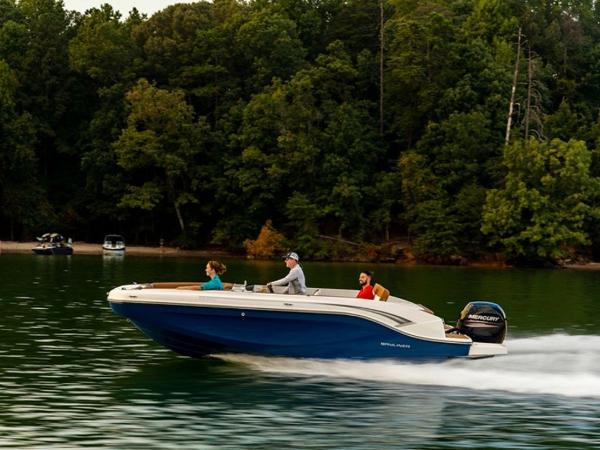 2021 Bayliner boat for sale, model of the boat is DX2000 & Image # 45 of 48
