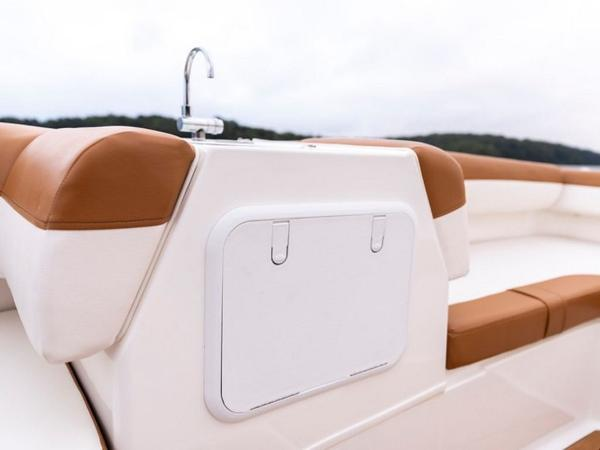 2021 Bayliner boat for sale, model of the boat is DX2000 & Image # 47 of 48