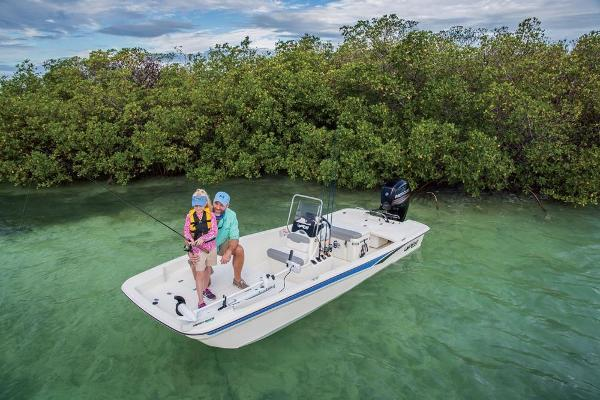 2020 Mako boat for sale, model of the boat is Pro Skiff 17 CC & Image # 7 of 45