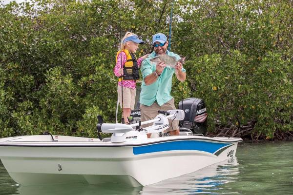 2020 Mako boat for sale, model of the boat is Pro Skiff 17 CC & Image # 41 of 45