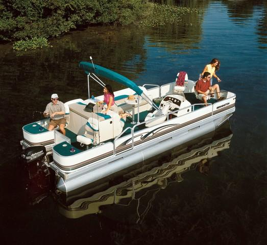 2001 Bennington boat for sale, model of the boat is 227FS & Image # 16 of 17