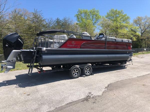 2022 Regency boat for sale, model of the boat is 250 LE3 & Image # 2 of 2