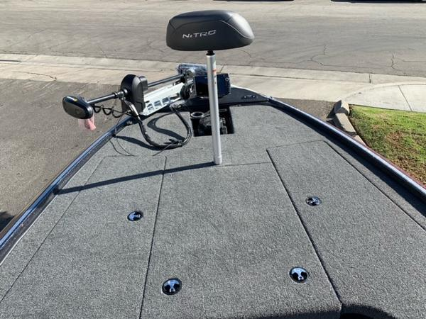 2021 Nitro boat for sale, model of the boat is Z19 Pro & Image # 6 of 10