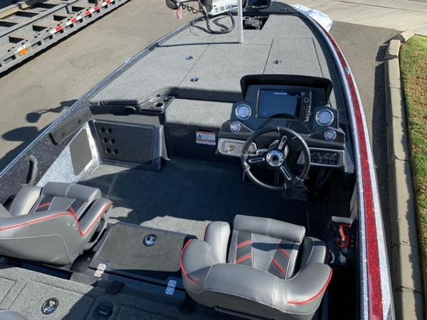 2021 Nitro boat for sale, model of the boat is Z19 Pro & Image # 10 of 10