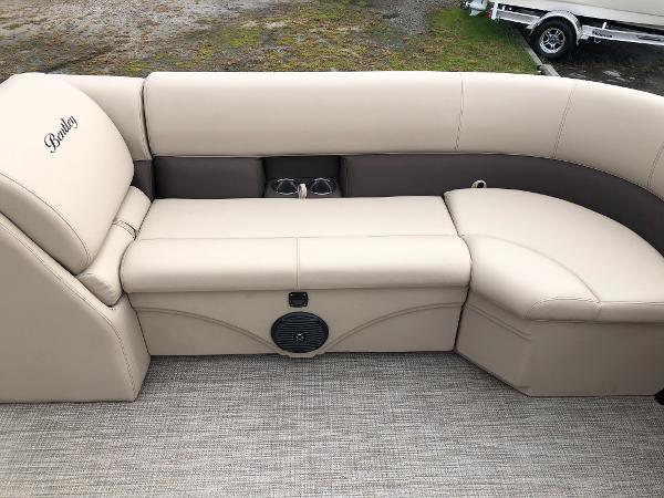 2021 Bentley boat for sale, model of the boat is 243 Swing Back (3/4 Tube) & Image # 15 of 27