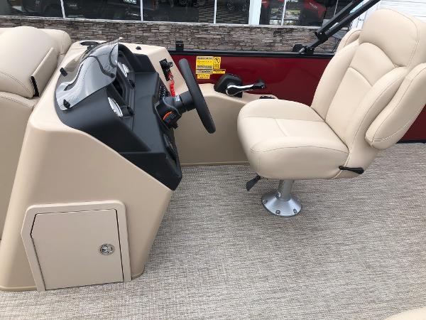 2021 Bentley boat for sale, model of the boat is 243 Swing Back (3/4 Tube) & Image # 19 of 27