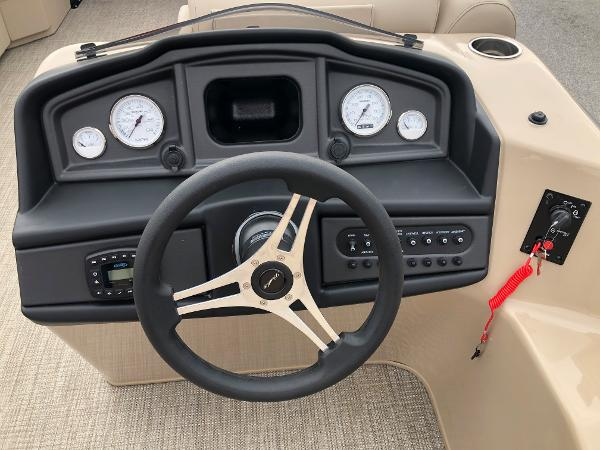 2021 Bentley boat for sale, model of the boat is 243 Swing Back (3/4 Tube) & Image # 21 of 27