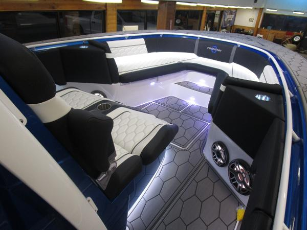 2021 Fountain boat for sale, model of the boat is 34 Sport Center Console & Image # 17 of 44