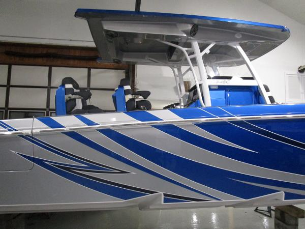 2021 Fountain boat for sale, model of the boat is 34 Sport Center Console & Image # 5 of 44