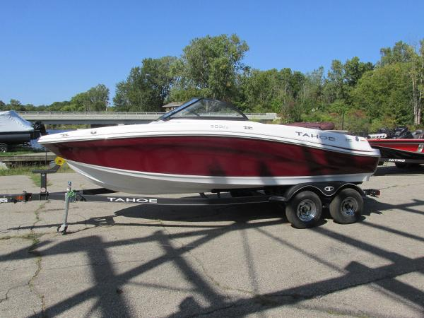 2021 Tahoe boat for sale, model of the boat is 500TS SPORT & Image # 1 of 15