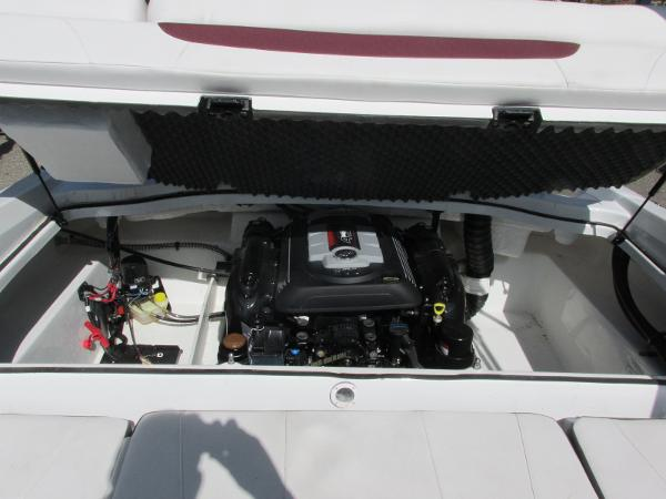 2021 Tahoe boat for sale, model of the boat is 500TS SPORT & Image # 6 of 15