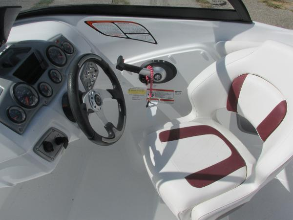 2021 Tahoe boat for sale, model of the boat is 500TS SPORT & Image # 9 of 15