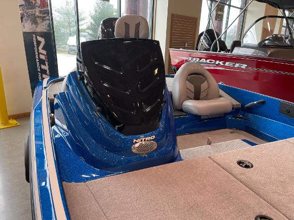 2021 Nitro boat for sale, model of the boat is Z17 & Image # 2 of 53