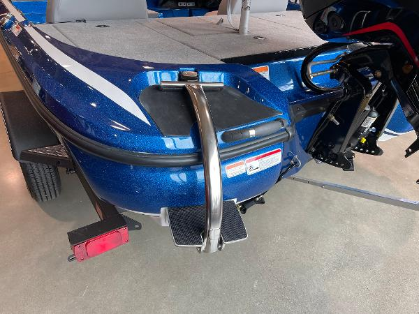 2021 Nitro boat for sale, model of the boat is Z17 & Image # 12 of 53