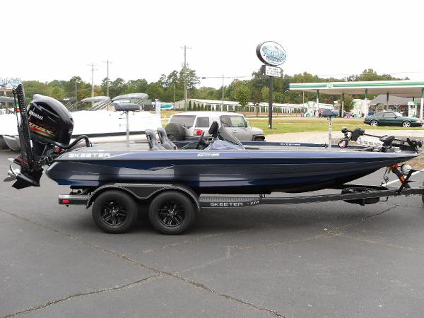 2021 Skeeter boat for sale, model of the boat is ZXR 20 & Image # 4 of 34