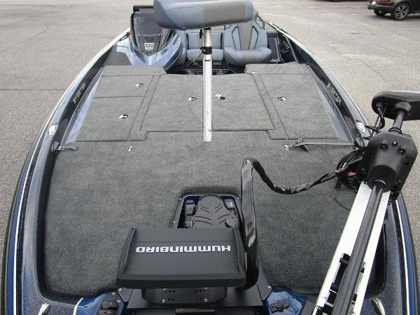 2021 Skeeter boat for sale, model of the boat is ZXR 20 & Image # 18 of 34