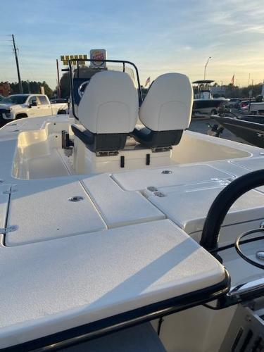 2021 ShearWater boat for sale, model of the boat is X22 Hybrid & Image # 12 of 35
