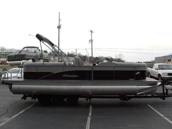 2021 Manitou boat for sale, model of the boat is RF 23 Oasis VP & Image # 3 of 32