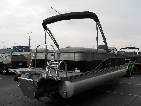 2021 Manitou boat for sale, model of the boat is RF 23 Oasis VP & Image # 5 of 32