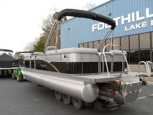 2021 Manitou boat for sale, model of the boat is RF 23 Oasis VP & Image # 12 of 32