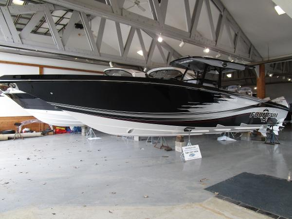 2021 Fountain boat for sale, model of the boat is 38SC & Image # 1 of 49