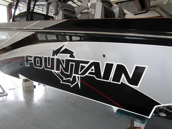 2021 Fountain boat for sale, model of the boat is 38SC & Image # 5 of 49