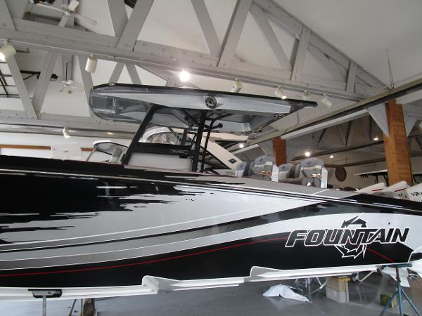 2021 Fountain boat for sale, model of the boat is 38SC & Image # 45 of 49