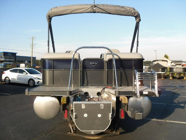2021 Manitou boat for sale, model of the boat is RF 23 Oasis SHP 373 & Image # 19 of 34
