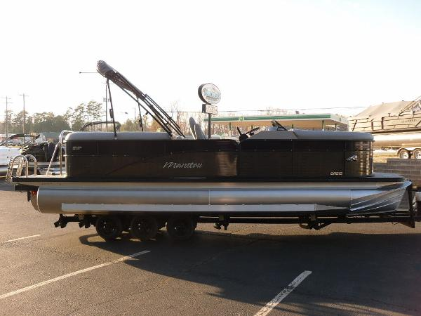 2021 Manitou boat for sale, model of the boat is RF 23 Oasis SHP 373 & Image # 25 of 34