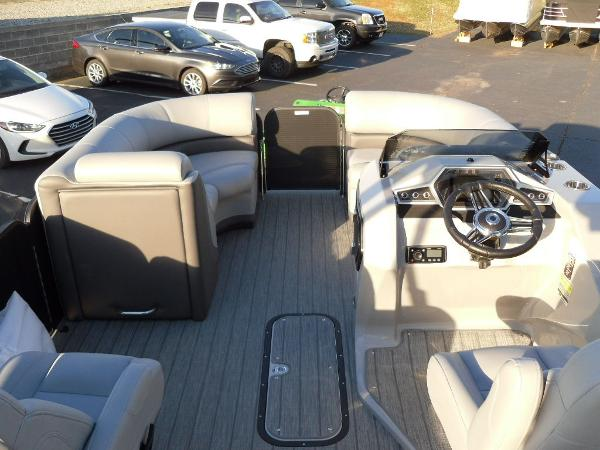 2021 Manitou boat for sale, model of the boat is RF 23 Oasis SHP 373 & Image # 27 of 34