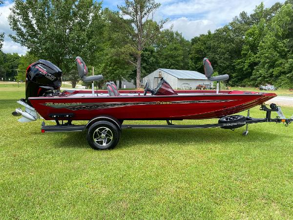 2021 Ranger Boats boat for sale, model of the boat is RT188C & Image # 8 of 30
