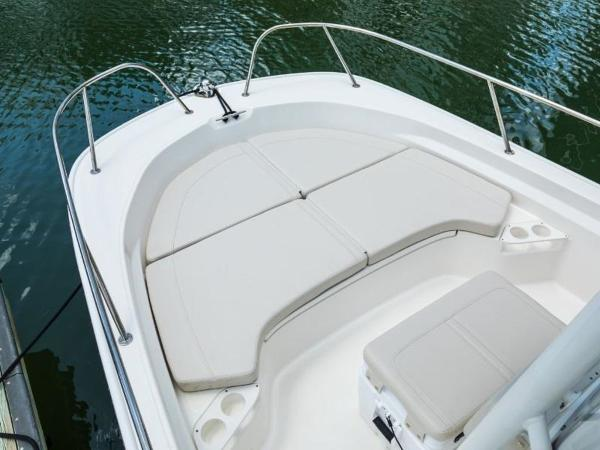 2021 Boston Whaler boat for sale, model of the boat is 190 Montauk & Image # 26 of 46