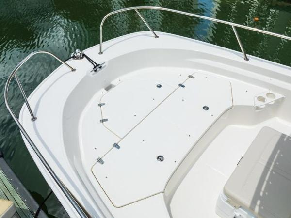 2021 Boston Whaler boat for sale, model of the boat is 190 Montauk & Image # 41 of 46