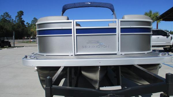 2021 Bennington boat for sale, model of the boat is 22 SS & Image # 7 of 46