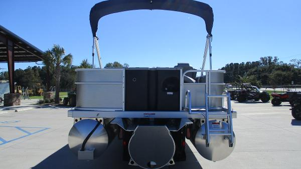 2021 Bennington boat for sale, model of the boat is 22 SS & Image # 8 of 46