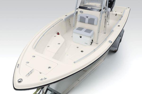 2020 Mako boat for sale, model of the boat is 214 CC & Image # 20 of 64
