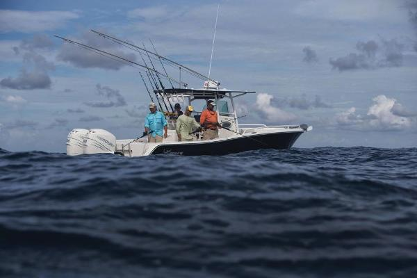 2020 Mako boat for sale, model of the boat is 284 CC & Image # 52 of 59