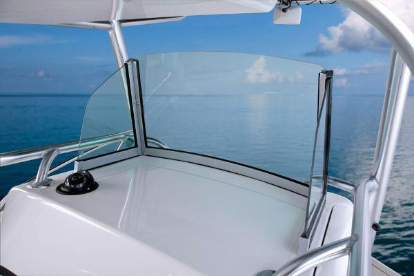 2020 Mako boat for sale, model of the boat is 284 CC & Image # 35 of 84