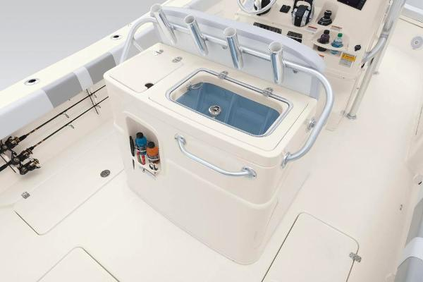 2020 Mako boat for sale, model of the boat is 284 CC & Image # 44 of 84