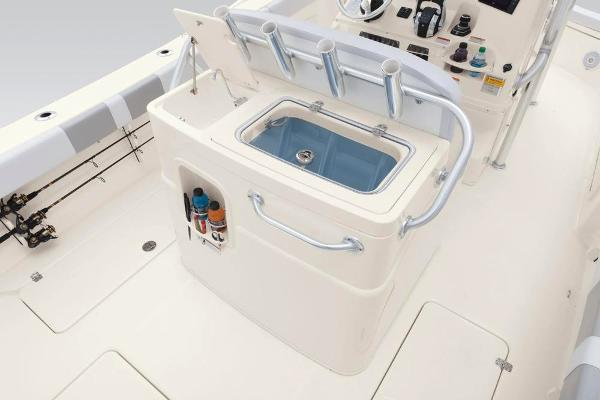 2020 Mako boat for sale, model of the boat is 284 CC & Image # 45 of 84