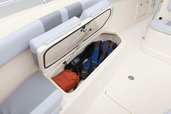 2020 Mako boat for sale, model of the boat is 284 CC & Image # 26 of 84