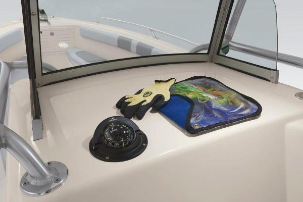 2020 Mako boat for sale, model of the boat is 284 CC & Image # 34 of 84