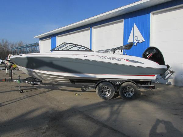 2021 Tahoe boat for sale, model of the boat is 210 S & Image # 1 of 40