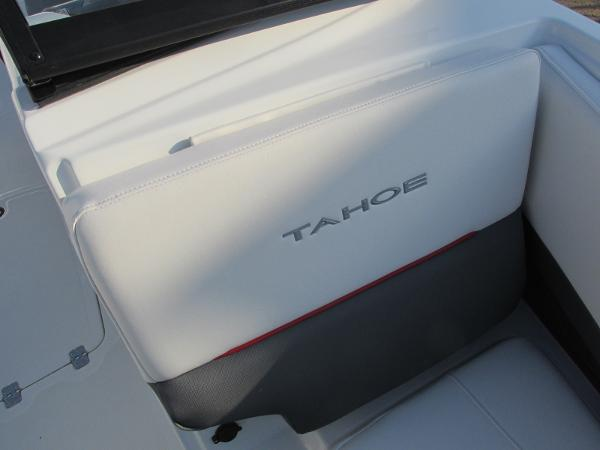 2021 Tahoe boat for sale, model of the boat is 210 S & Image # 15 of 40