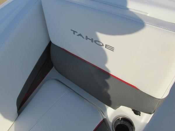 2021 Tahoe boat for sale, model of the boat is 210 S & Image # 17 of 40