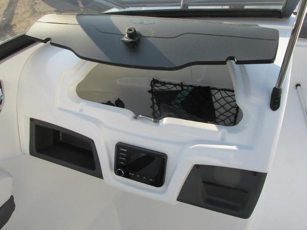 2021 Tahoe boat for sale, model of the boat is 210 S & Image # 32 of 40