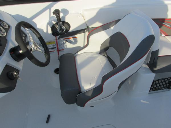 2021 Tahoe boat for sale, model of the boat is 210 S & Image # 34 of 40