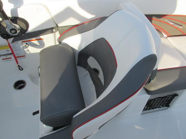 2021 Tahoe boat for sale, model of the boat is 210 S & Image # 35 of 40
